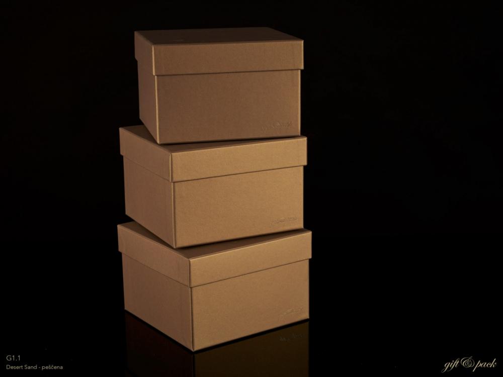 Darilna škatla G1.1 R150X150X100mm PEŠČENA